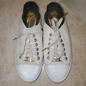 Michael Kors Kristie Canvas lace up sneaker.